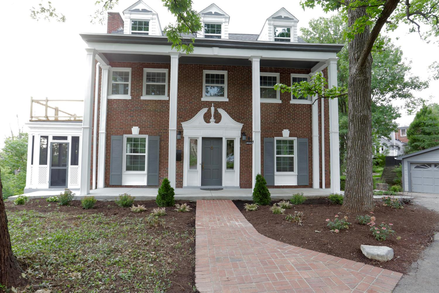 3443 Manor Hill Dr Clifton, OH