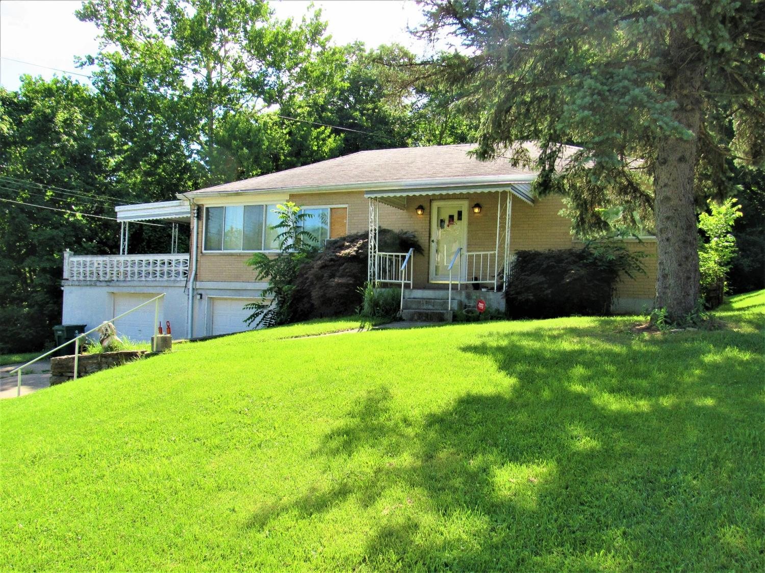 582 Trenton Ave Price Hill Oh 45238 Listing Details Mls