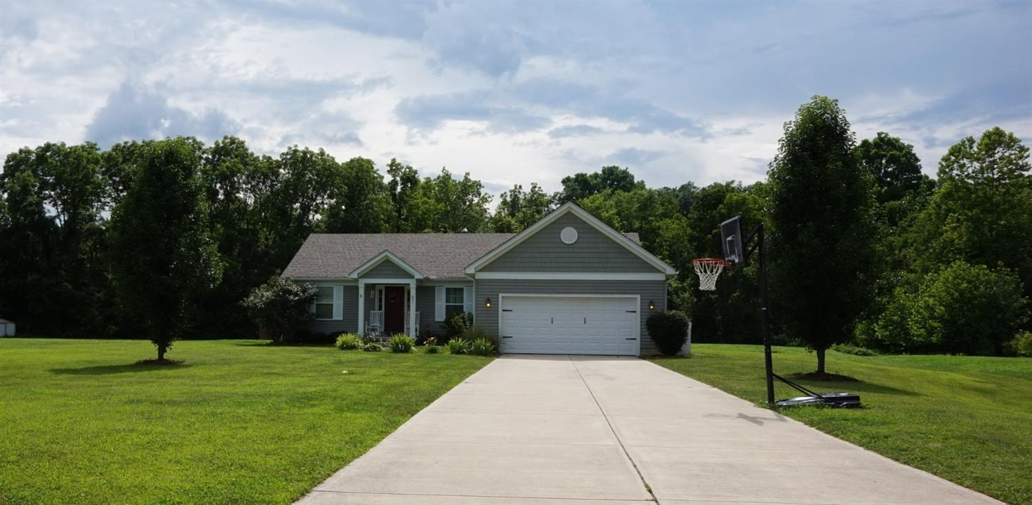 651 Lily Wy Bethel, OH