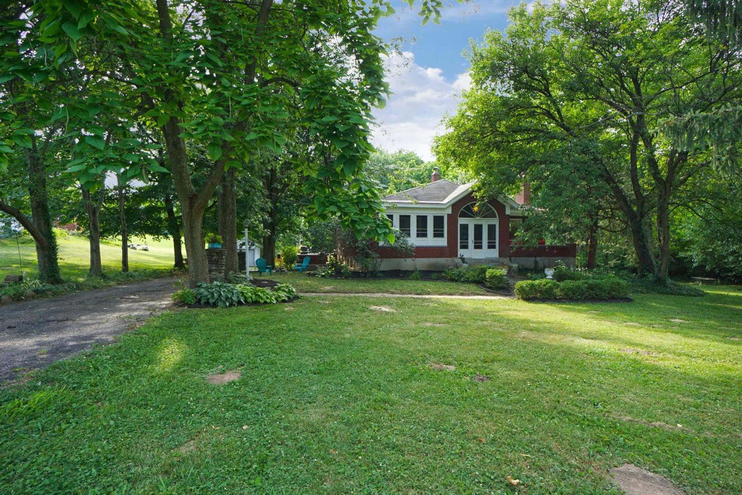 758 W North Bend Rd Finneytown, OH