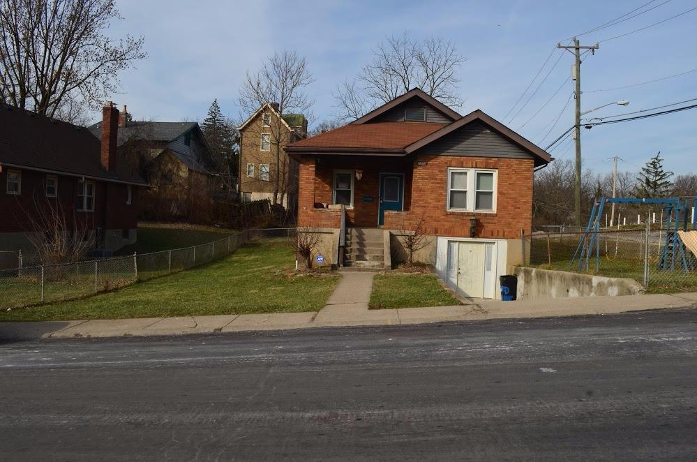 1737 1739 Wyoming Ave Price Hill, OH