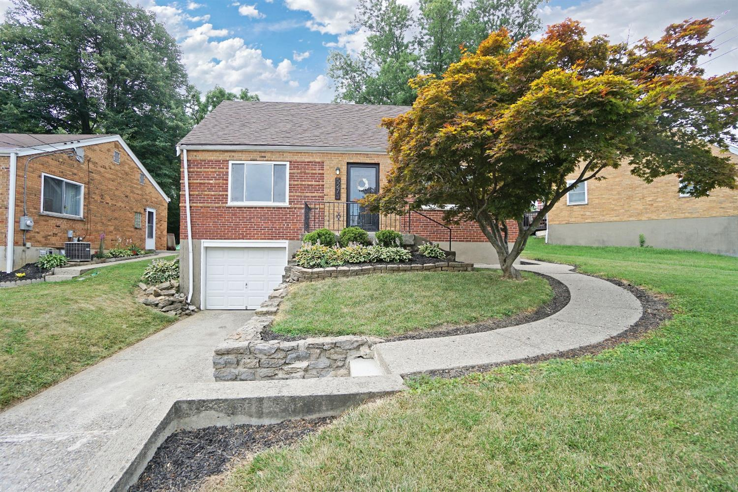 5273 Leona Dr Covedale, OH