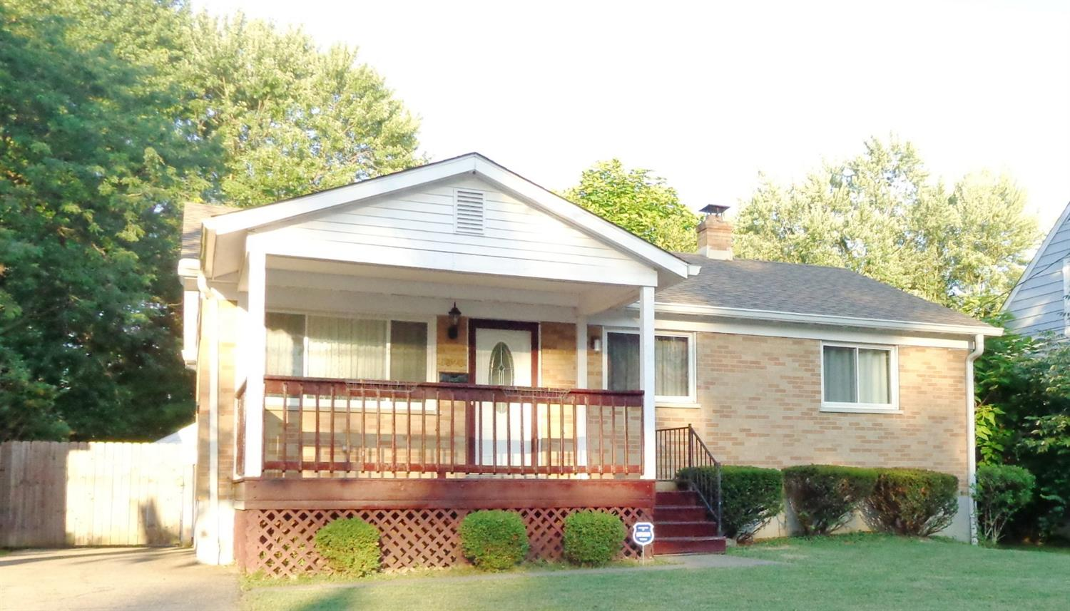6920 Shamrock Ave North College Hil, OH