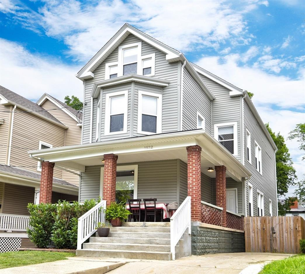 1522 Ruth Ave Evanston, OH