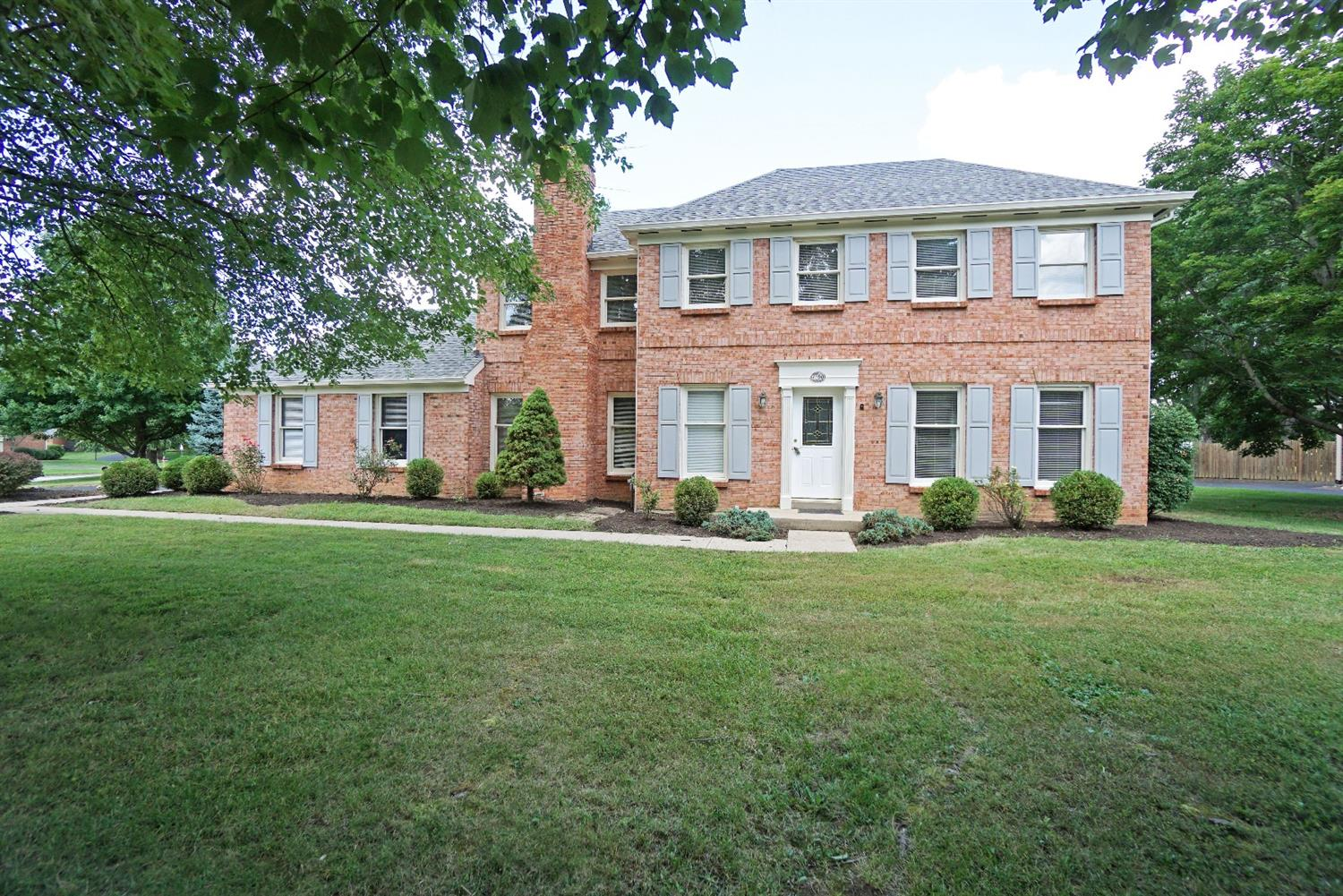 7190 Goldengate Dr Anderson Twp OH 45244 Listing Details MLS