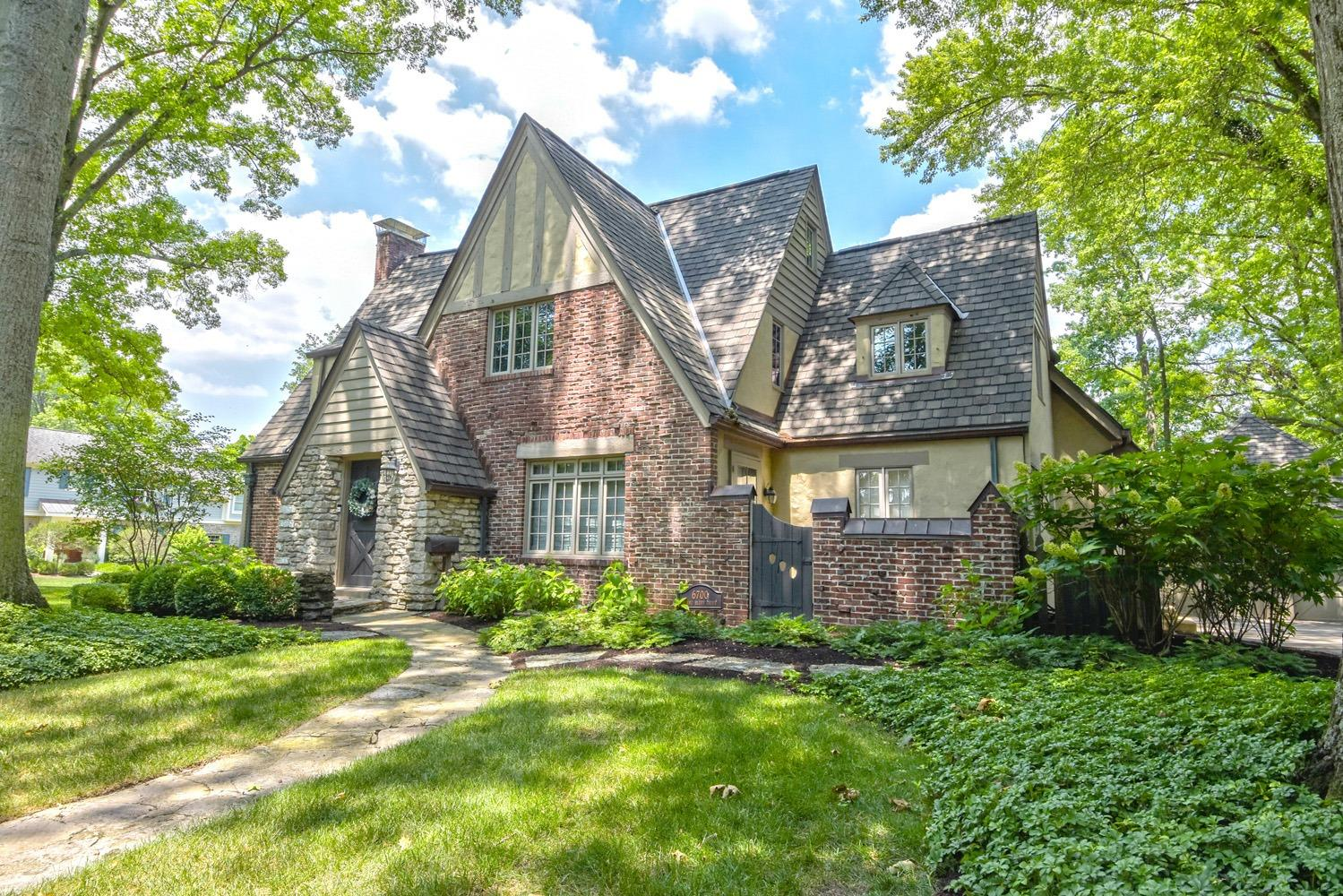 6700 Miami Bluff Dr Mariemont, OH