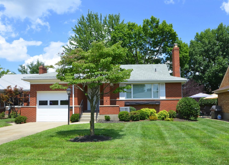 3716 Frontenac Ave Deer Park, OH