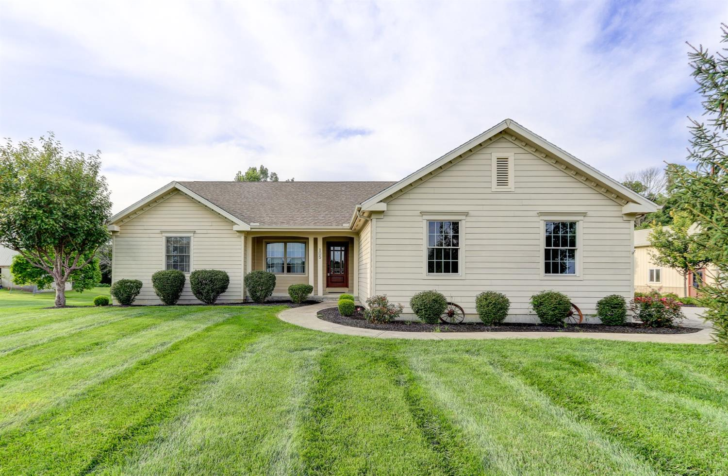 105 Anderson Rd Chester Twp, OH