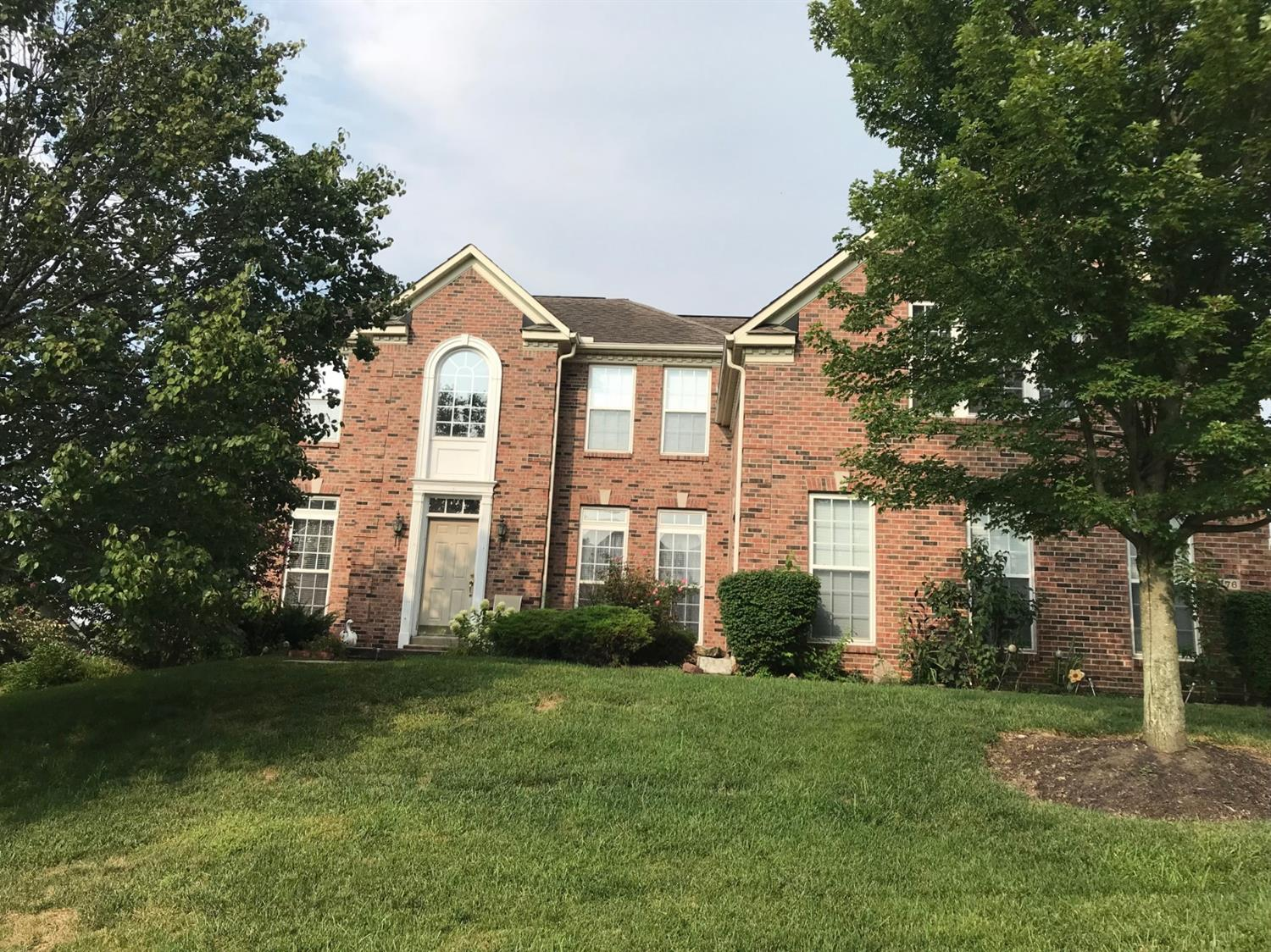 4276 Waterfront Ct Fairfield, OH