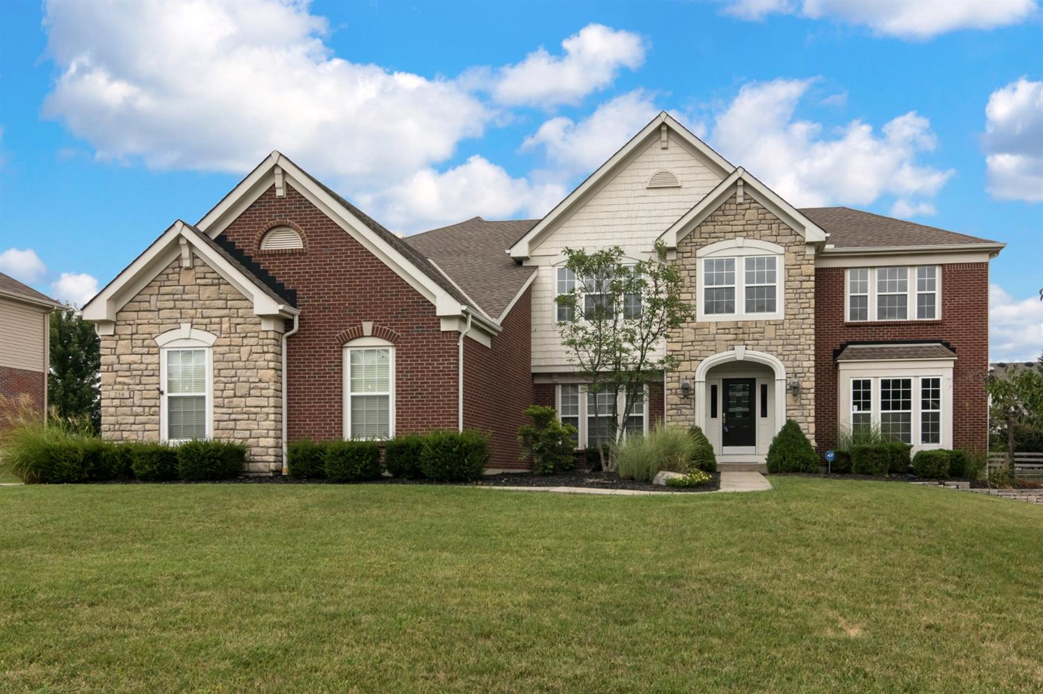 256 Forest Edge Dr