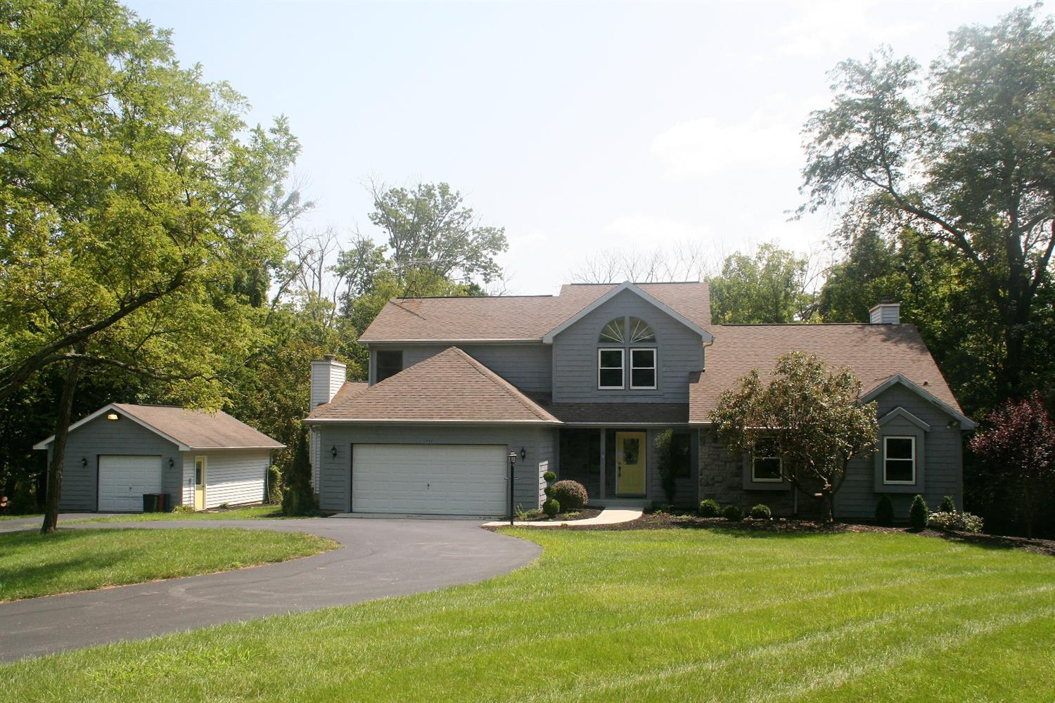 Photo 1 for 1037 Oak Ct Hidden Valley, IN 47025