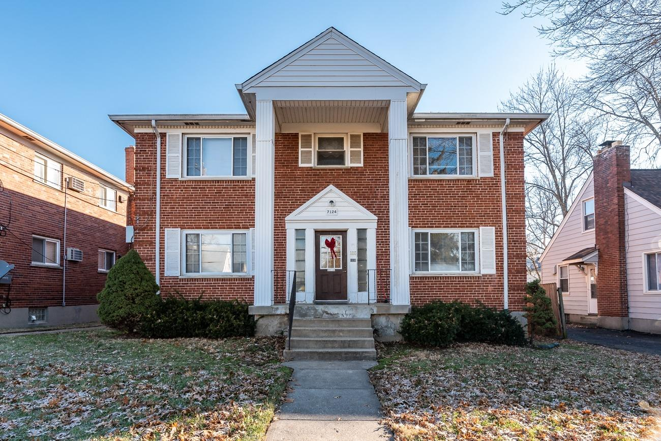 7126 Ohio Ave Deer Park, OH