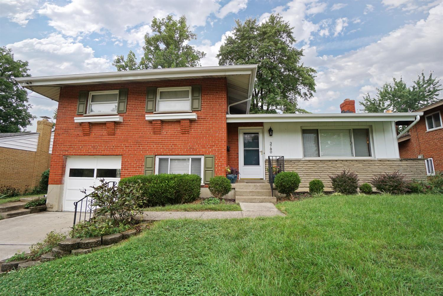 3780 Glengary Ave Dillonvale, OH