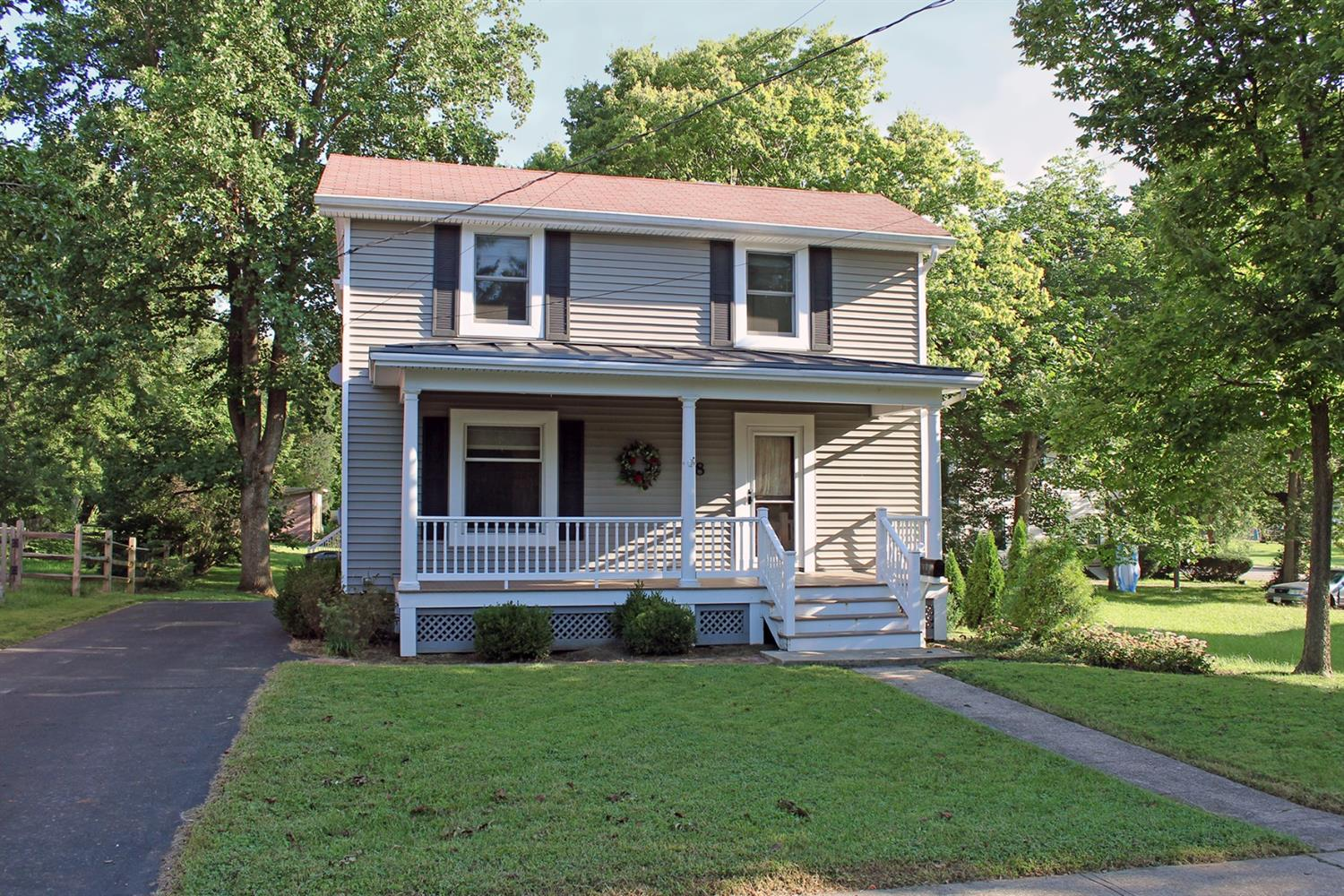 58 W Sharon Rd Glendale, OH