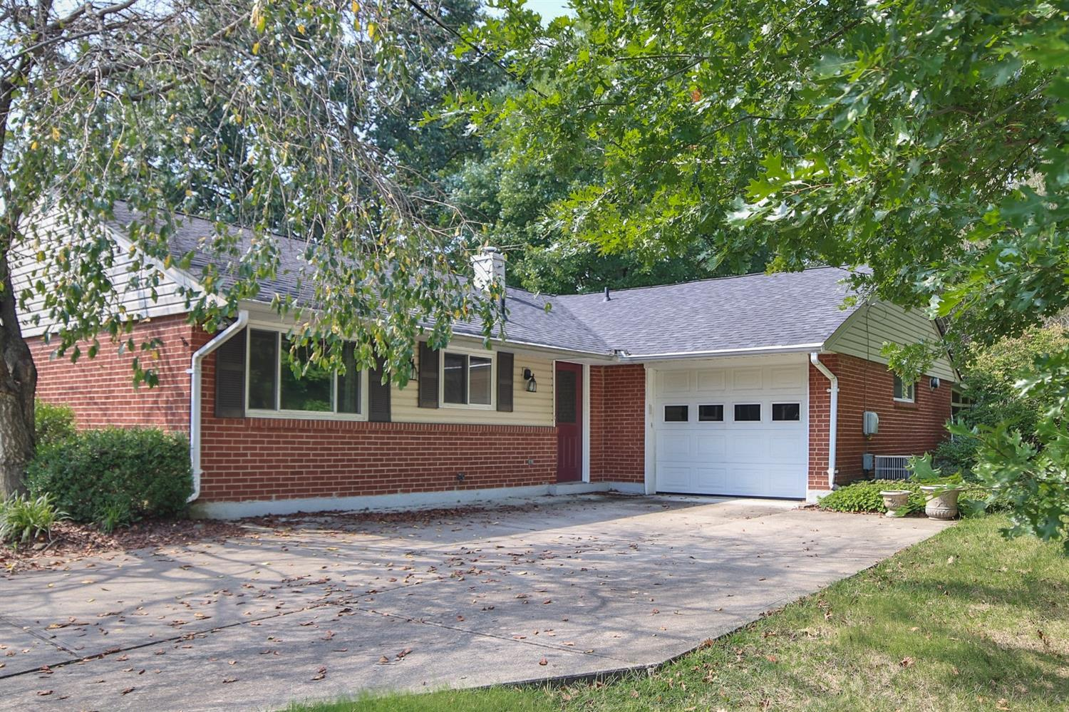 3047 Stanwin Pl Evendale, OH