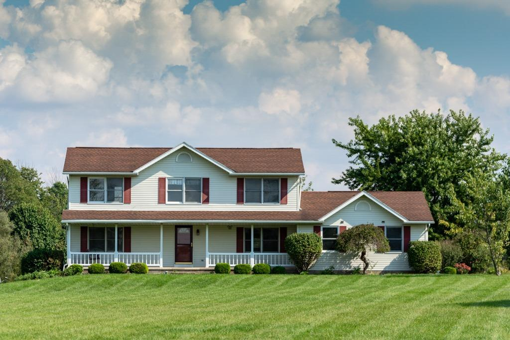 472 Schell Rd Chester Twp, OH