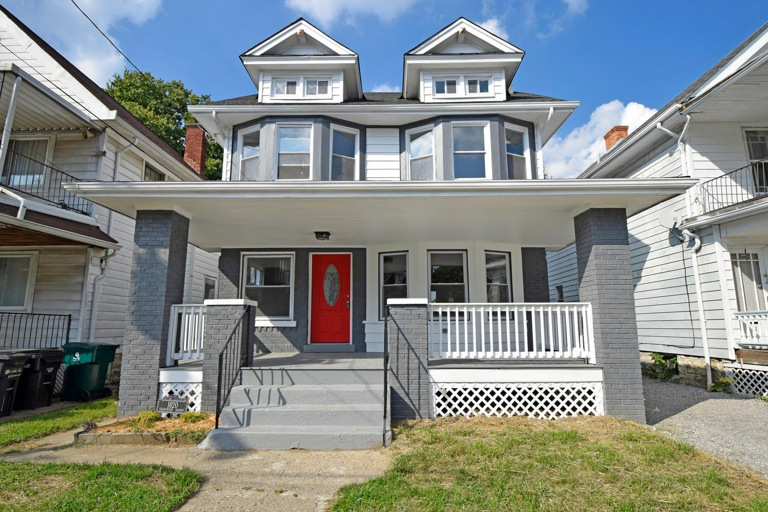1620 Grantwood Ave Evanston, OH