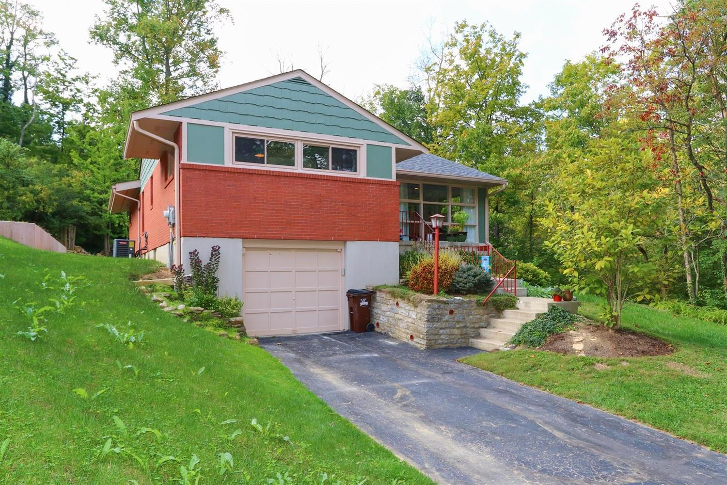 1239 Laurence Rd Wyoming, OH