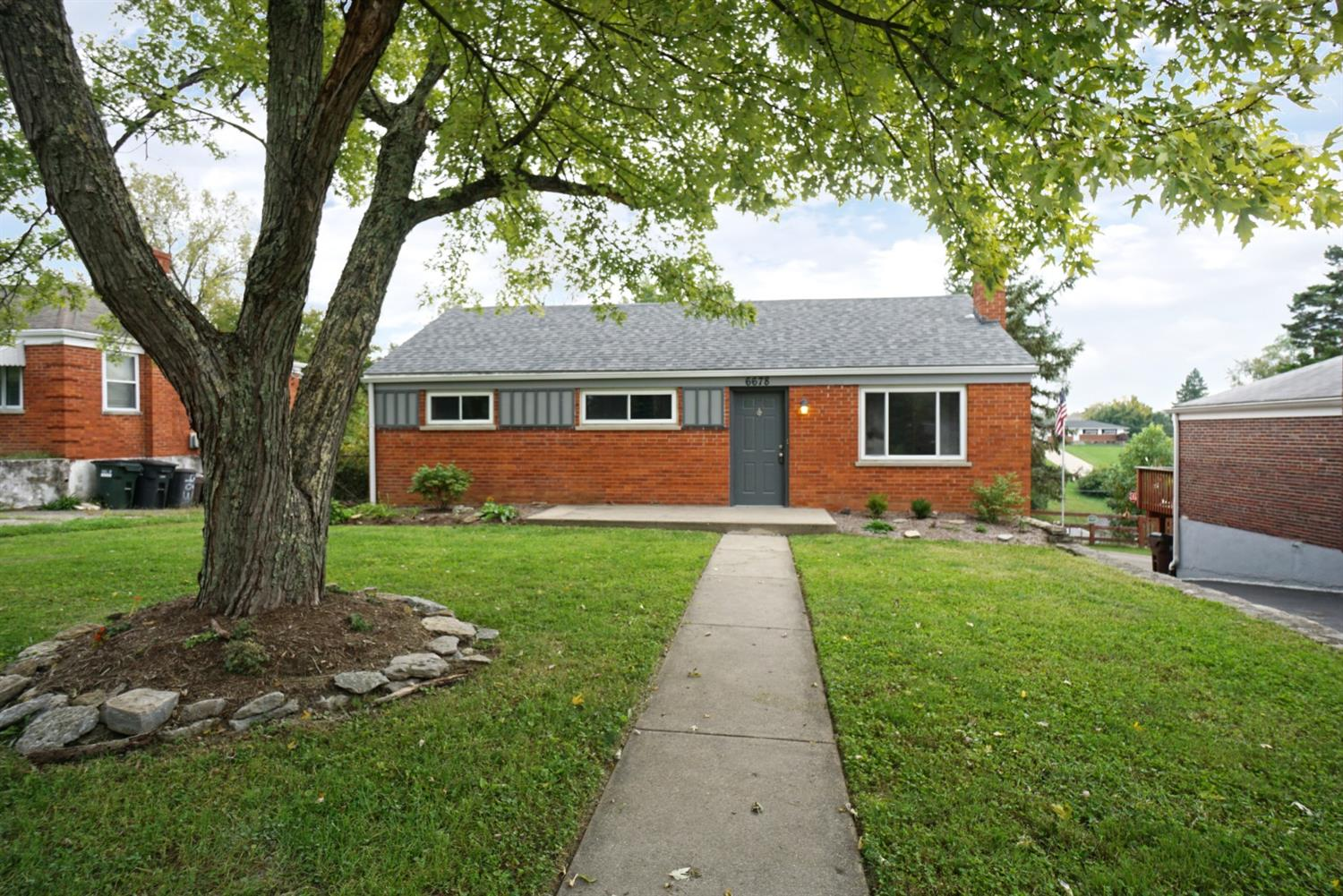 6678 Daleview Rd Colerain Twp.West, OH