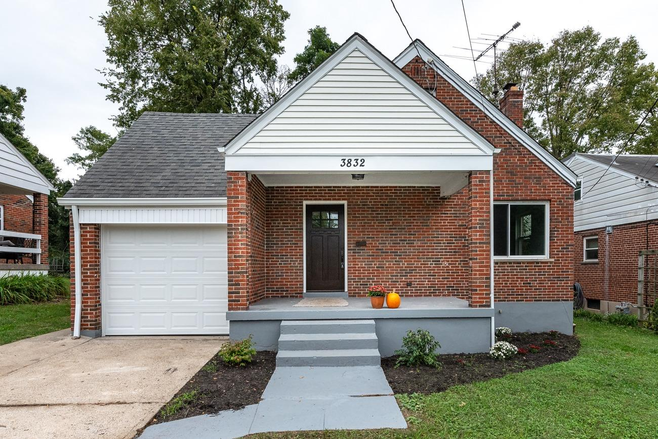3832 Queen Crest Ave Silverton, OH