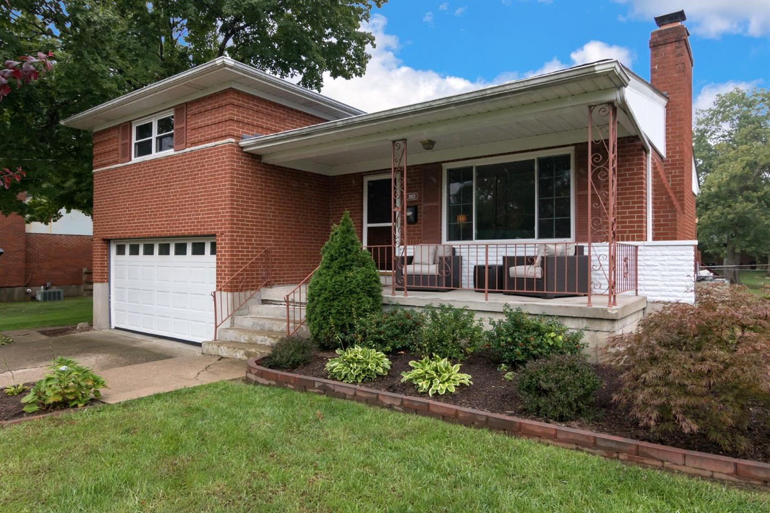 3923 Tramore Dr Dillonvale, OH