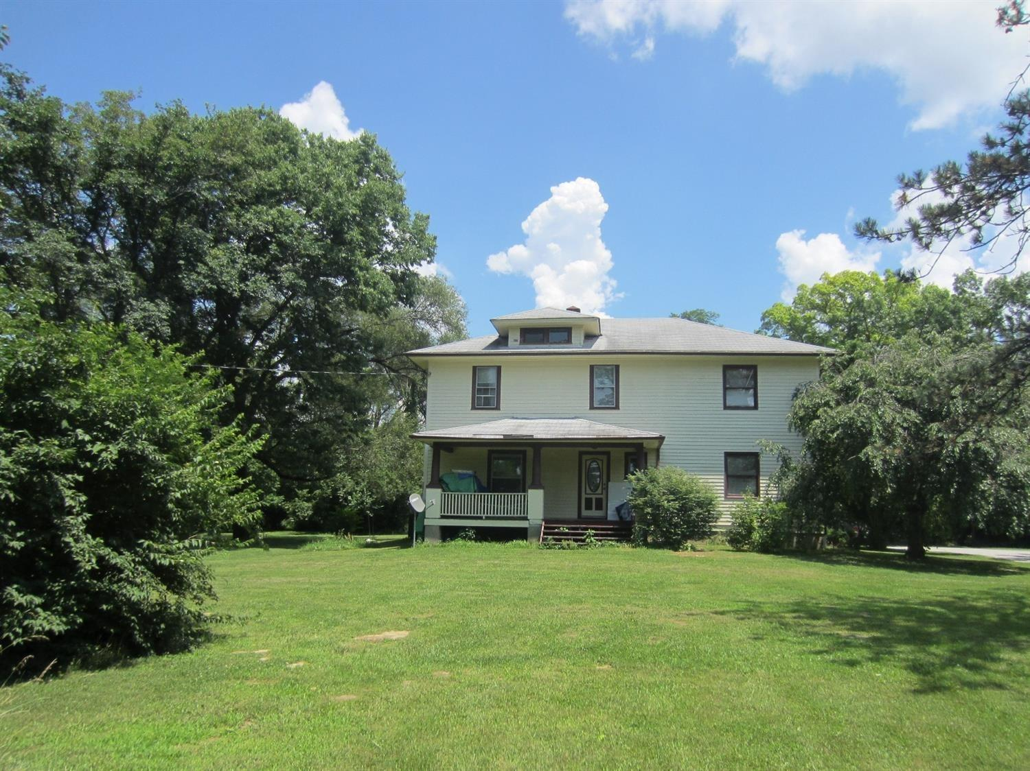 2060 Eaton Rd St. Clair Twp., OH