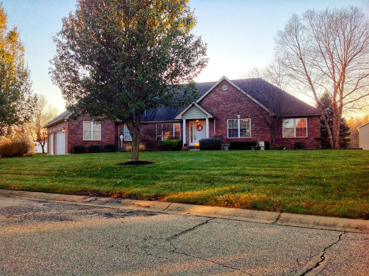 Photo 1 for 465 Arlington Dr Batesville , IN 47006