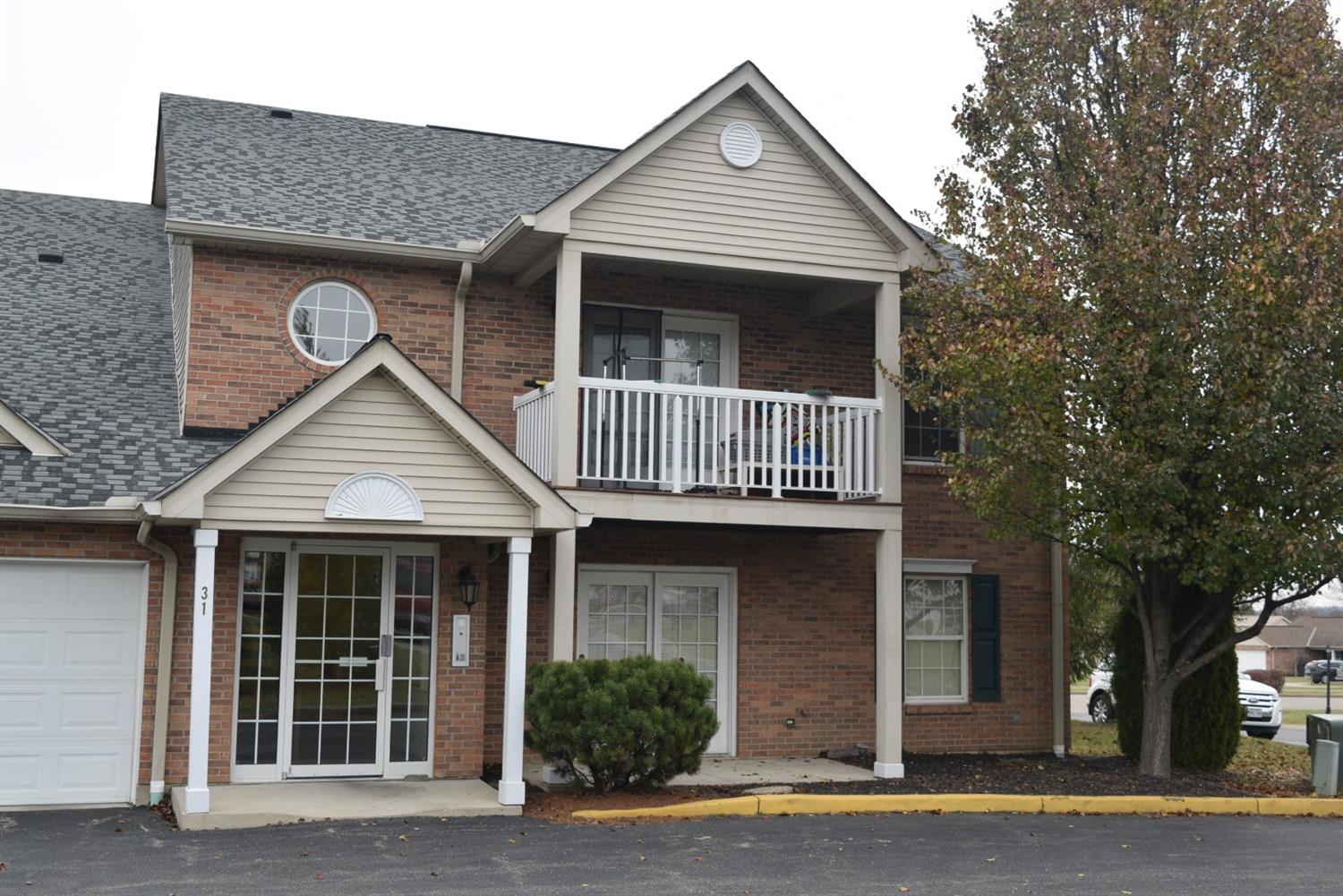 31 Indian Cove Cir, 1 Oxford, OH