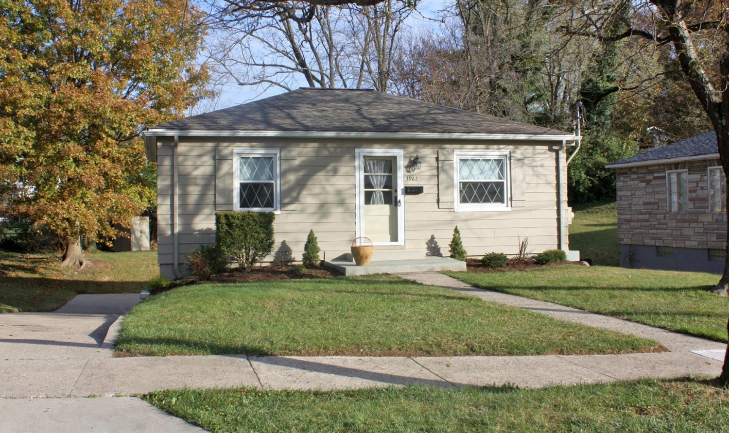 3962 Carrie Ave Cheviot, OH