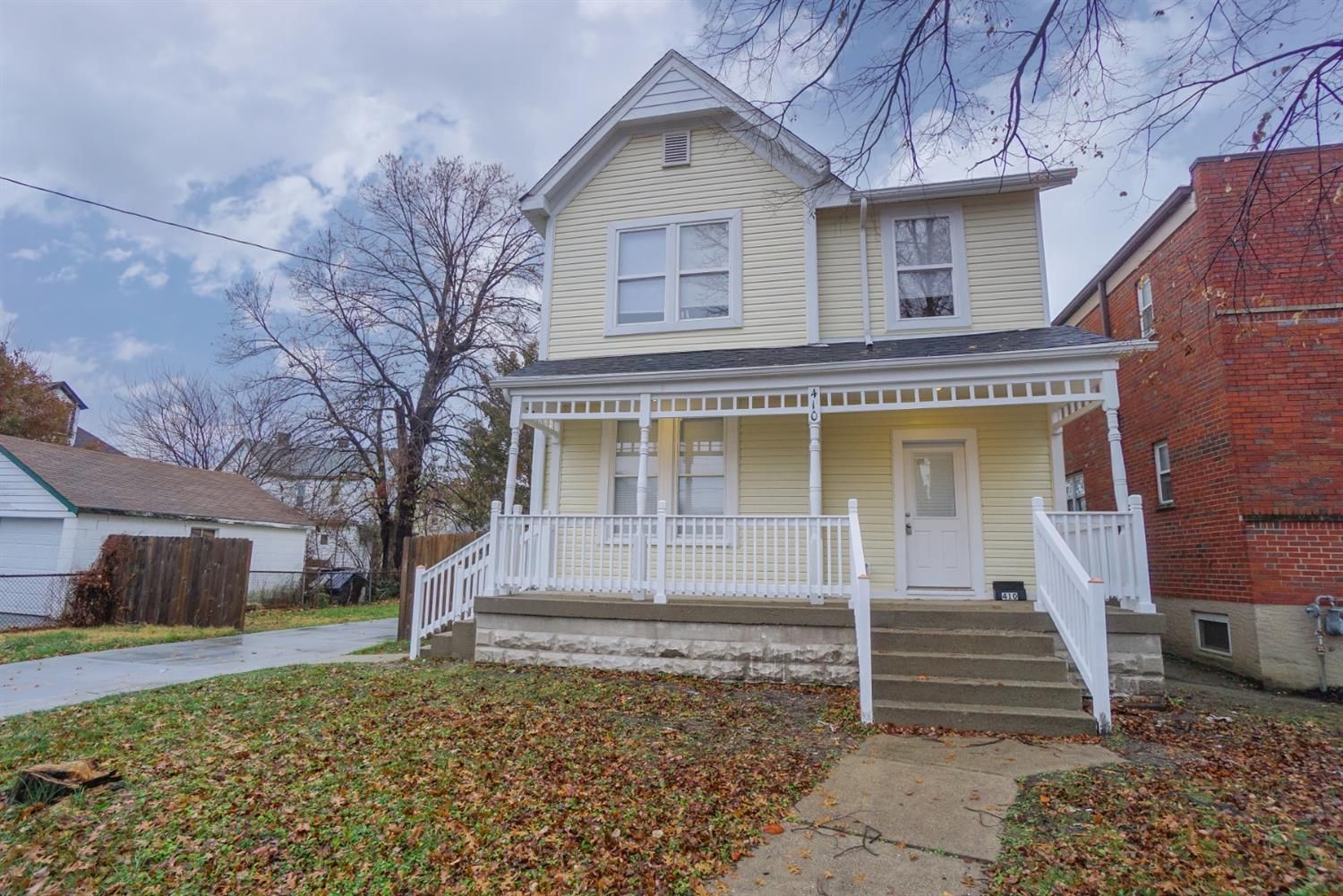 Photo 1 for 410 Oak St Elmwood Place, OH 45216