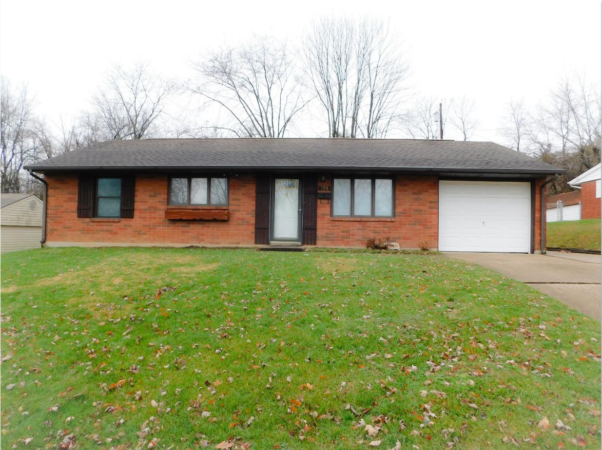 195 Moore Dr Franklin, OH