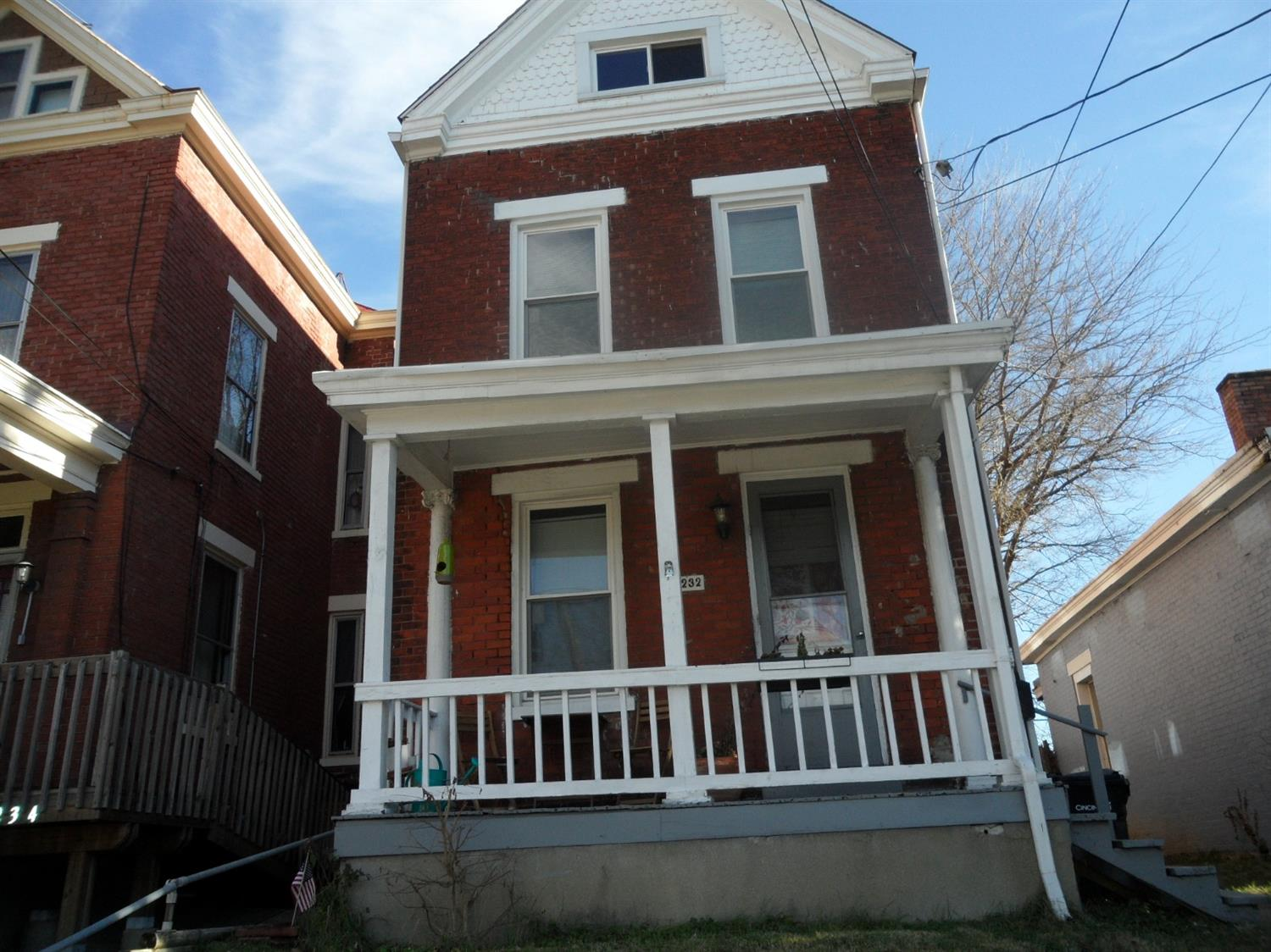 4232 Kirby Ave Northside, OH