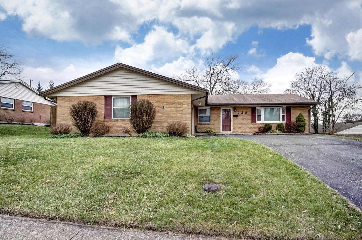 725 Golden Arrow Dr Montgomery Co., OH