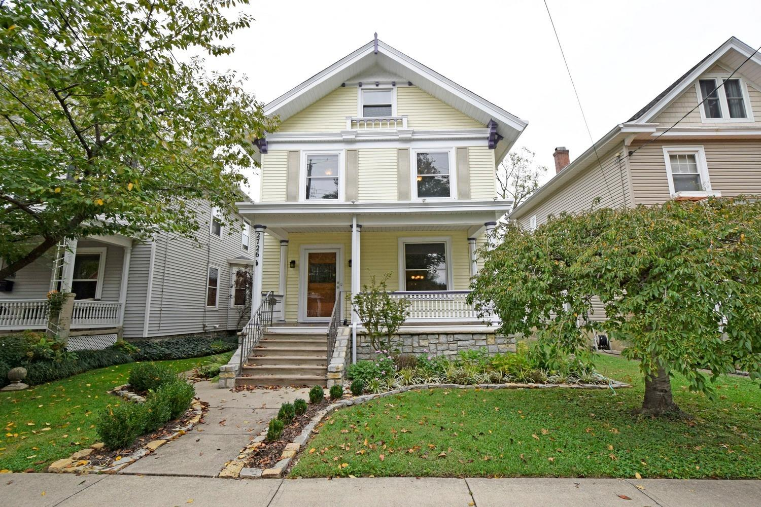 2726 Hyde Park Ave Oakley, OH