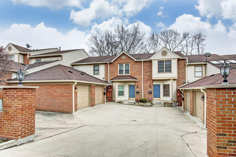 1027 Windsor St Walnut Hills, OH
