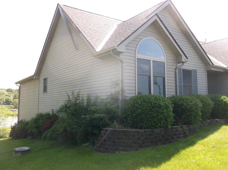 Photo 3 for 794 Waynoka Dr Lake Waynoka, OH 45171