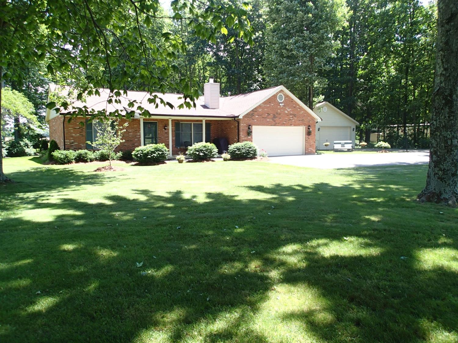 16260 Eastwood Rd Sterling Twp., OH