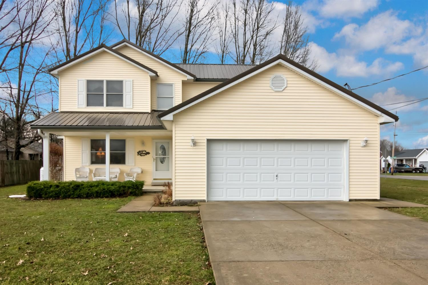 102 Stone Trace Dr Sterling Twp., OH
