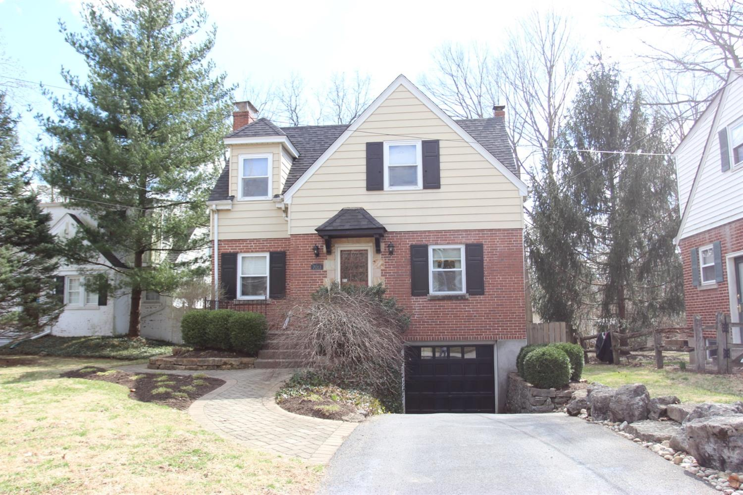 7013 Rembold Ave Mariemont, OH