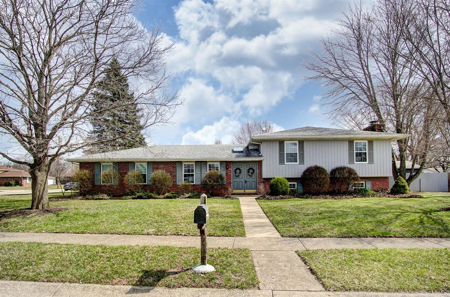5268 Dellbrook Dr Fairfield, OH