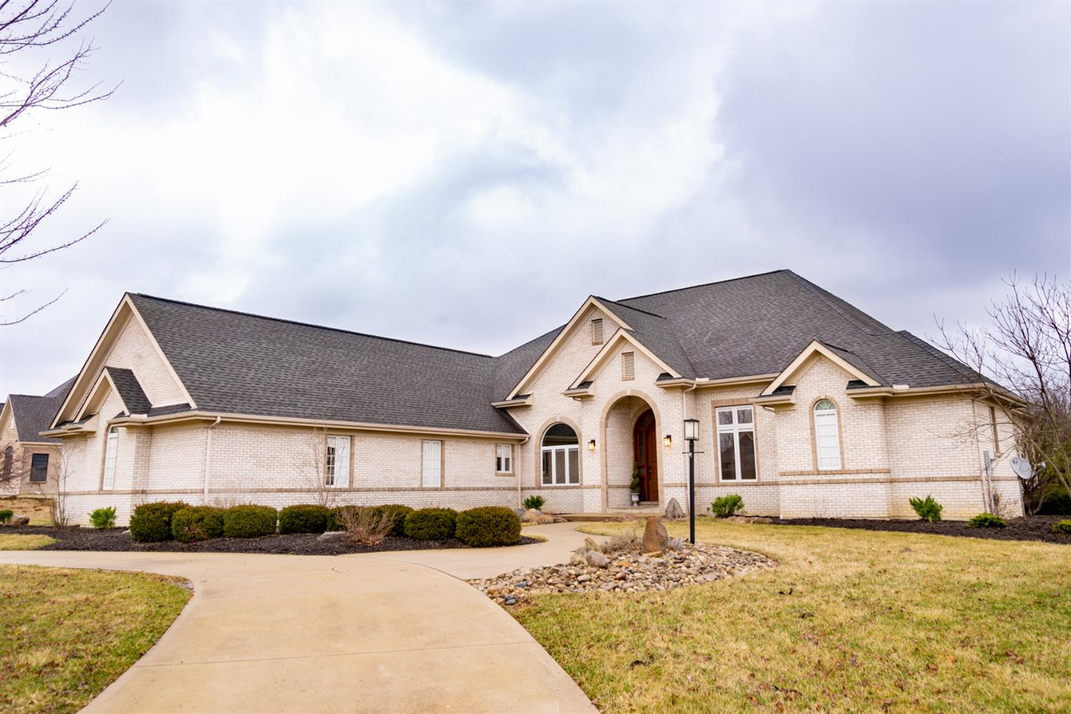 167 Stone Creek Dr Oxford, OH