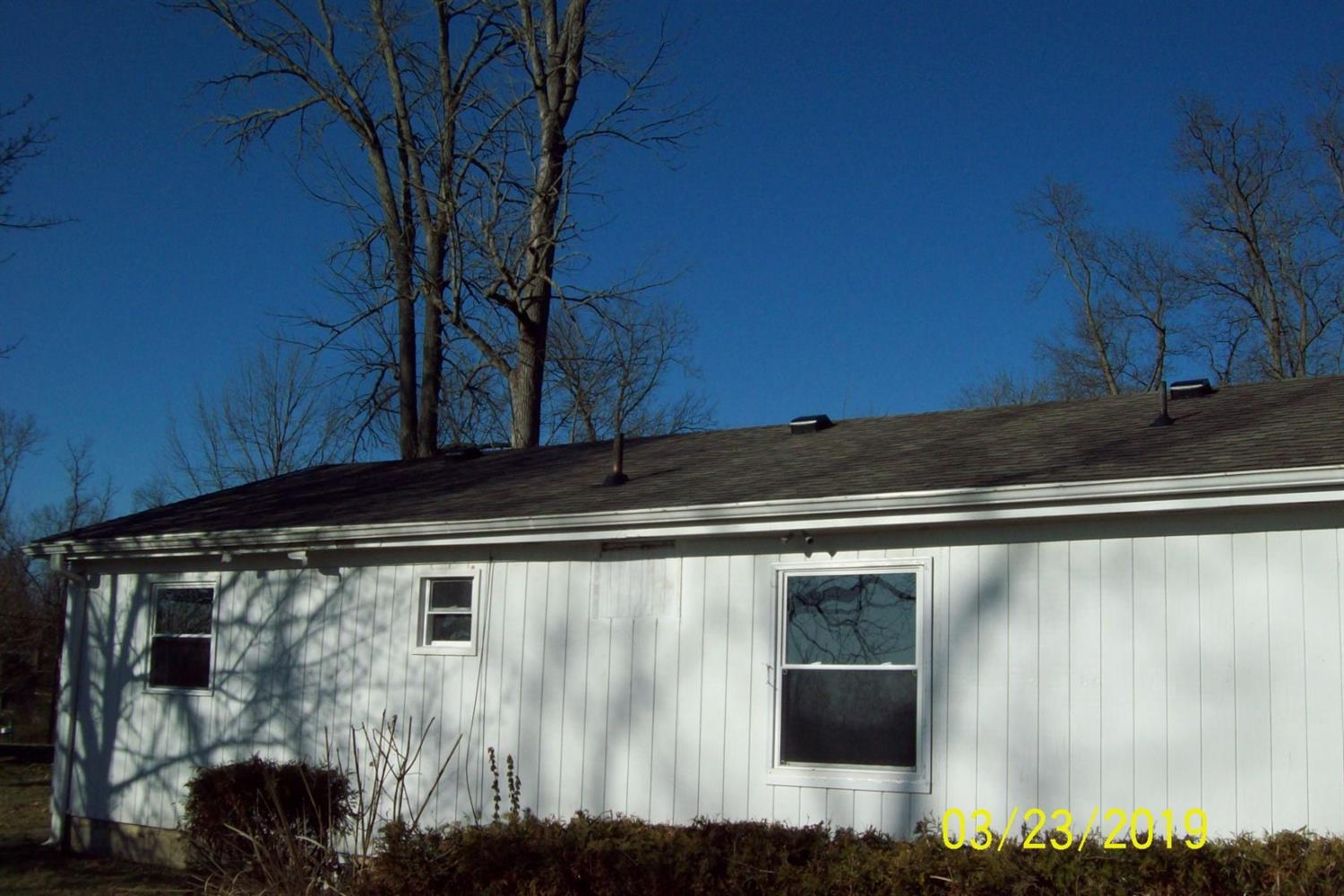 Photo 3 for 1192 Donna Marie Dr Ross Twp., OH 45013