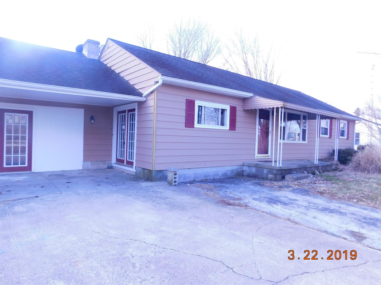 Photo 3 for 203 Clarksville Rd Adams Twp, OH 45177