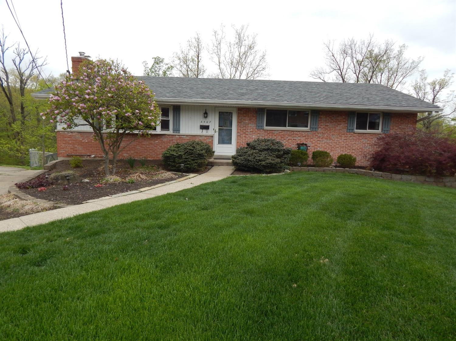 Photo 1 for 3507 Glengary Ln Dillonvale, OH 45236