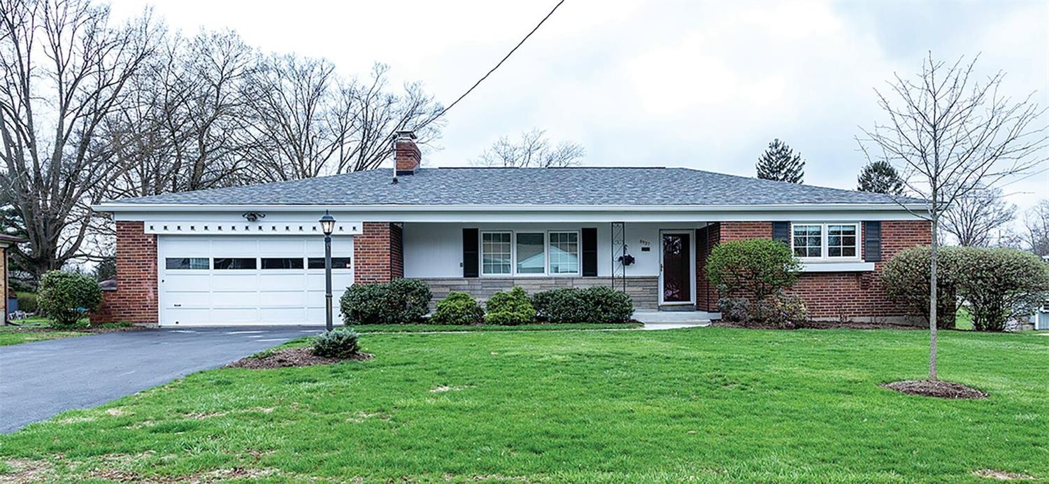 8937 Blossom Dr Dillonvale, OH