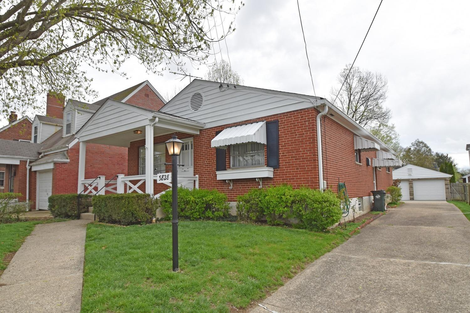 Photo 2 for 3828 Petoskey Ave Mariemont, OH 45227