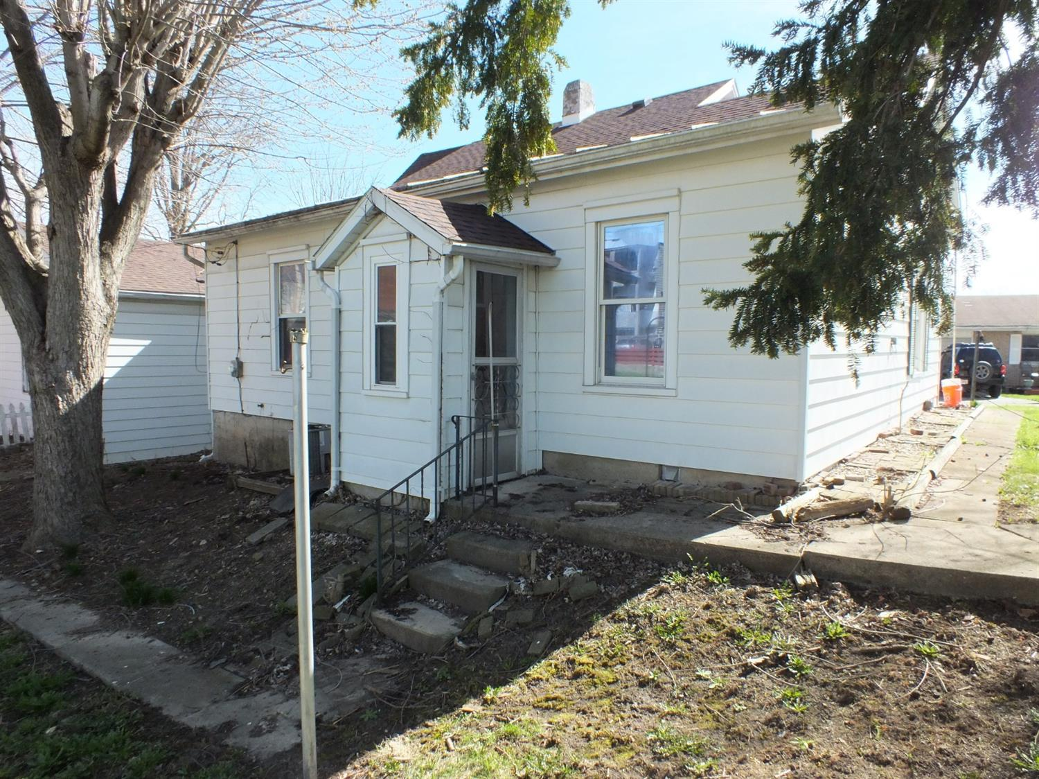 Photo 2 for 119 Floyd St Preble County, OH 45338