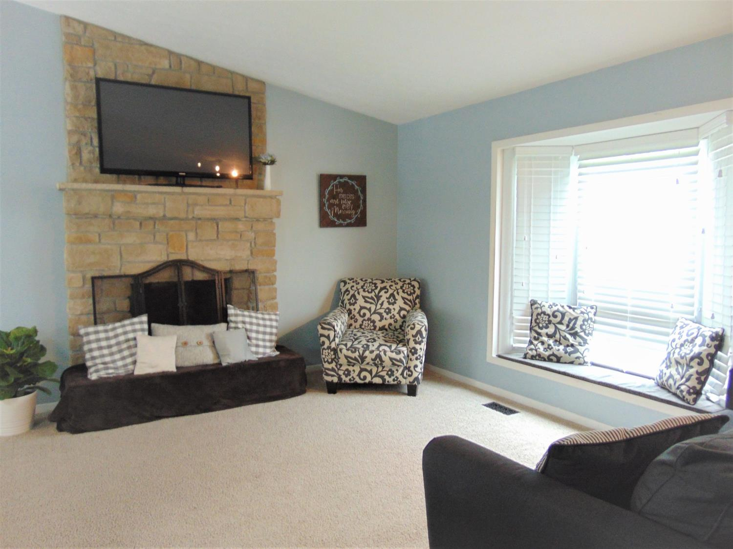 Photo 3 for 5546 Highfield Ct West Chester - West, OH 45069