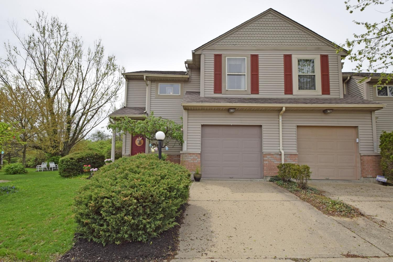 Photo 2 for 1433 W Kemper Rd, 10 Forest Park, OH 45240