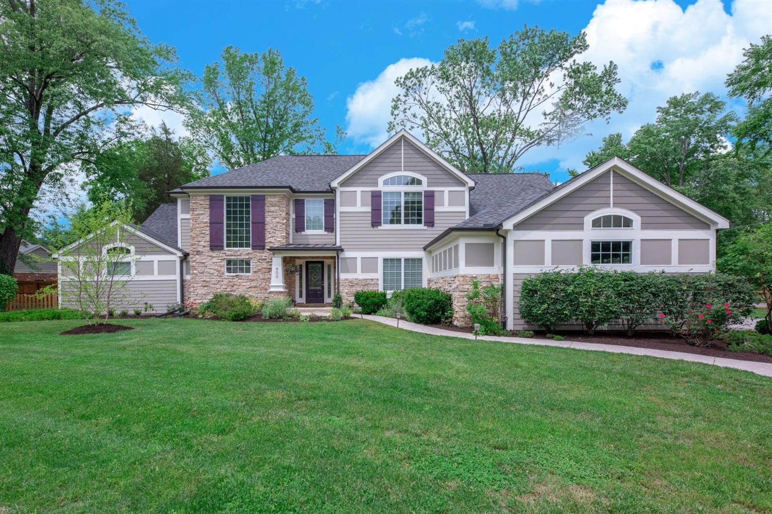 Photo 1 for 900 Princeton Dr Terrace Park, OH 45174